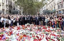 Los Reyes homenajean a las víctimas en La Rambla de Barcelona