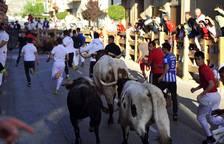 Fotos del encierro del día 5 de Peralta