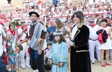 El Paloteado de Cortes muestra sus dos caras