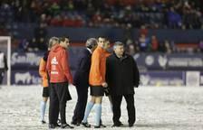 Nieve en el estadio El Sadar