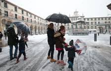 La nieve cuaja en toda la Ribera casi 8 años después