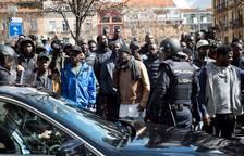 Disturbios en Lavapiés por la muerte de un mantero senegalés