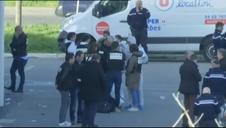 Abatido el hombre atrincherado en un supermercado del sur de Francia