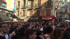 Protesta en la plaza del Ayuntamiento por la puesta en libertad de 'La Manada'