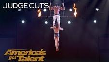 Una trapecista cae al vacío en su actuación