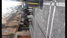 Jóvenes acuden al centro en apoyo a los okupas de Rozalejo