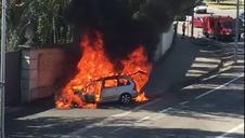 Incendio de un coche en Burlada