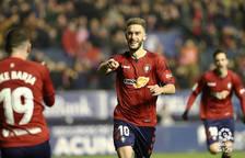 Roberto Torres celebra el segundo gol de Osasuna.