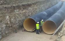 La ampliación del Canal de Navarra, como muestra la imagen, ya utilizó el sistema de dos tuberías soterradas para llevar agua hacia el Arga y el Ega.