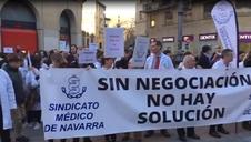 Manifestación del Sindicato de Médicos de Navarra en tercera jornada de huelga