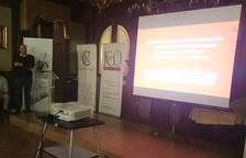 Presentación del proyecto 'Rojo-Azul', a cargo de Miguel Ángel Jiménez y Antonio Vaíllo.