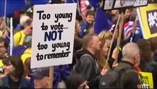 Miles de británicos piden volver a votar sobre el Brexit