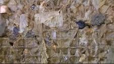 Los fabricantes de toallitas lanzan una campaña para desecharlas correctamente