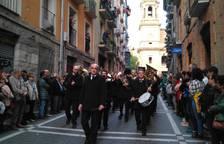 La Pamplonesa cierra la comitiva religiosa de la procesión del Santo Entierro de Pamplona