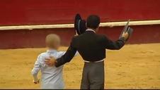 Juzgan a los tres tuiteros que desearon la muerte a un niño con cáncer por acudir a una corrida de toros
