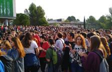 Estudiantes en el Campus de Bellaterra tras conocer el fallo de los presos catalanes.