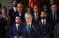 Quim Torra, secundado durante la declaración institucional por todos los miembros del Govern y por el presidente del Parlament, Roger Torrent.