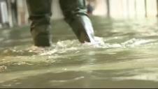 Venecia se inunda en su habitual 'acqua alta'