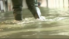 Venecia se inunda por el 'acqua alta'