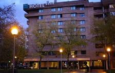 El nuevo hotel de AC en la Meca aboca al cierre al Ciudad de Pamplona