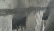 Un incendio en una fábrica de Nueva Delhi causa al menos 43 muertos