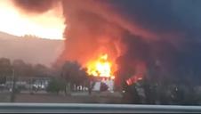 Un gran incendio en una planta de reciclaje de disolventes en Barcelona obliga a activar el Plan de Emergencia Químicas
