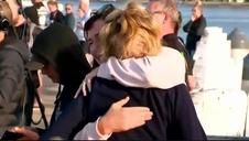 Emotiva despedida del crucero en el que viajaban 38 turistas afectados por la erupción del volcán Whakaati