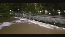 El río Ultzama, desbordado en Villava