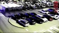 Vídeo | Detenido un joven de Burlada por rayar un coche tras una discusión en un parking