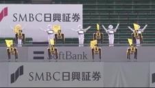 Vídeo: 20 robots animan desde las gradas a un equipo de béisbol nipón