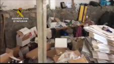Vídeo: La Guardia Civil desmantela un laboratorio en A Coruña de gel hidroalcohólico falso