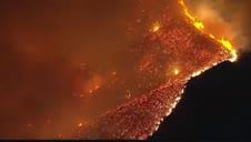 Vídeo: Un incendio forestal obliga a desalojar 2.500 viviendas en Palm Springs, California