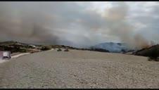 Vídeo del incendio desatado en un pinar de Javerri (Lónguida)