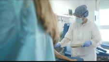 Dos voluntarios de la vacuna contra el COVID-19 cuentan sus sensaciones