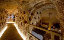 Una de las zonas de la Cueva de los 100 Pilares, un complejo rupestre situado en el Cerro de San Miguel, en Arnedo