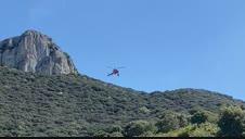 Rescate en helicóptero de una montañera en la Peña de Unzué