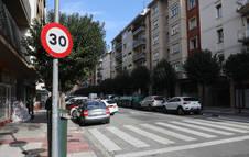 Señal de velocidad a 30 km/h.