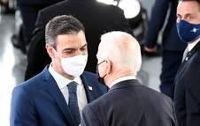 Pedro Sánchez y Joe Biden se dirigen juntos a la primera reunión de la Cumbre de la OTAN