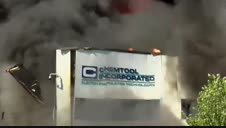 Impresionante incendio en una planta química en Illinois