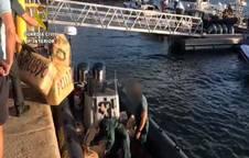 Intervenidos 3.700 kilos de hachís en aguas de Ayamonte (Huelva) en una operación con seis detenidos