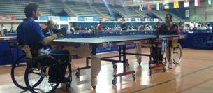 Imagen de un campeonato anterior de tenis de mesa adaptado