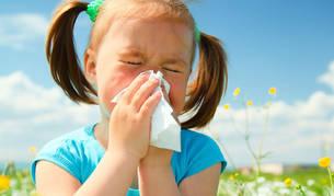 Una niña con alergia.
