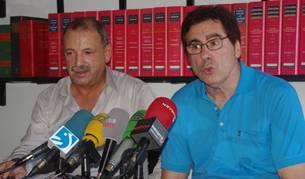 Javier Zabaleta y Patxi Zudaire, en el despacho del primero