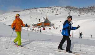 Los programas de esquí han acercado a la nieve a más de 126.000 navarros