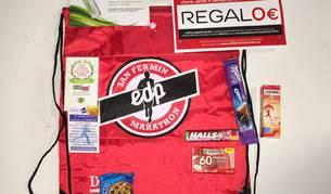 Además de la medalla, los corredores de 10K recibirán esta bolsa.