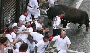 Tres de los heridos en el encierro de hoy corrían por primera vez en Pamplona