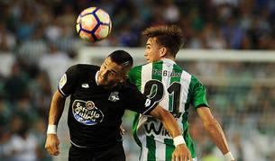 Betis y Deportivo empatan a nada en un choque insulso