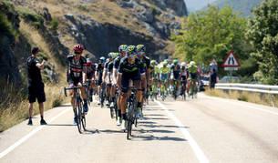 El pelotón durante la novena etapa de la Vuelta Ciclista a España.