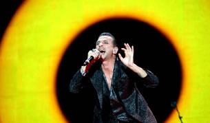 El cantante del grupo Depeche Mode, Dave Gahan, durante un concierto en 2013.