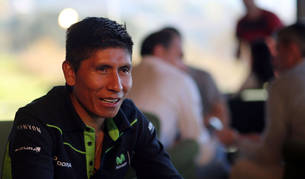 Quintana atendiendo a Diario de Navarra durante el Media Day del Movistar Team en 2016